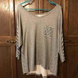 Casual 3/4 sleeve-length tee! Comfy, cute & casual